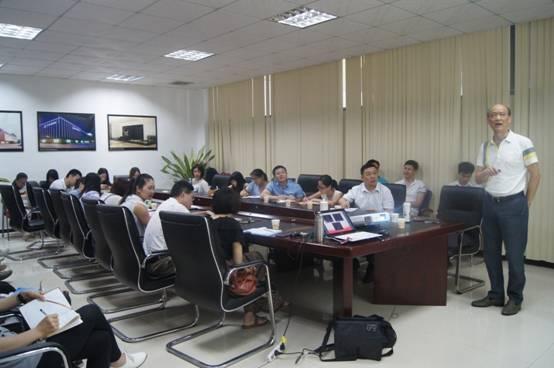 中国陶瓷十大品牌澳门新萄京手机版网址开展产品知识培训